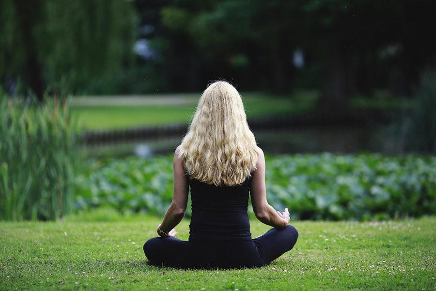 """Cos'è la meditazione? E perché """"fa stare bene""""?"""
