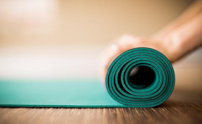 Celebriamo lo Yoga vivendolo anche fuori dal tappetino!